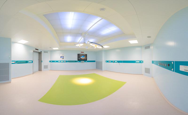 panoramique salle d'opération du CHD visite virtuelle